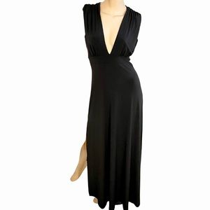 Abbeline lowcut black maxi dress with side slits-S